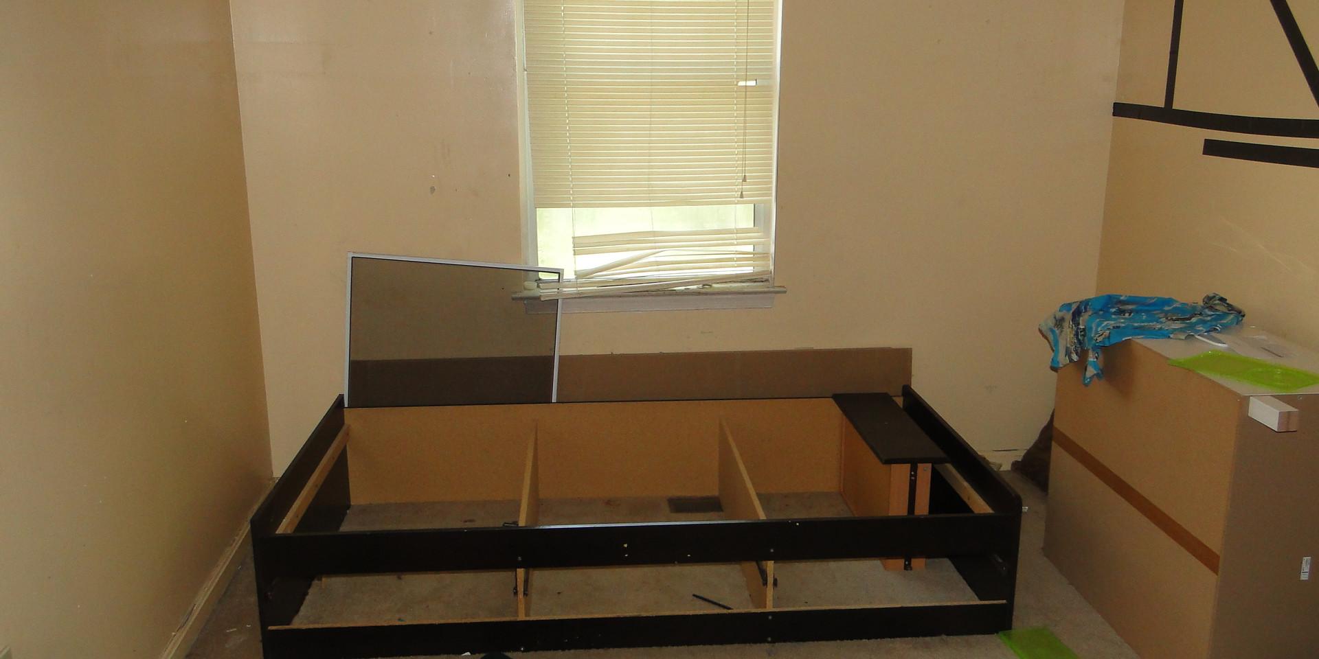 18 - First bedroom.JPG