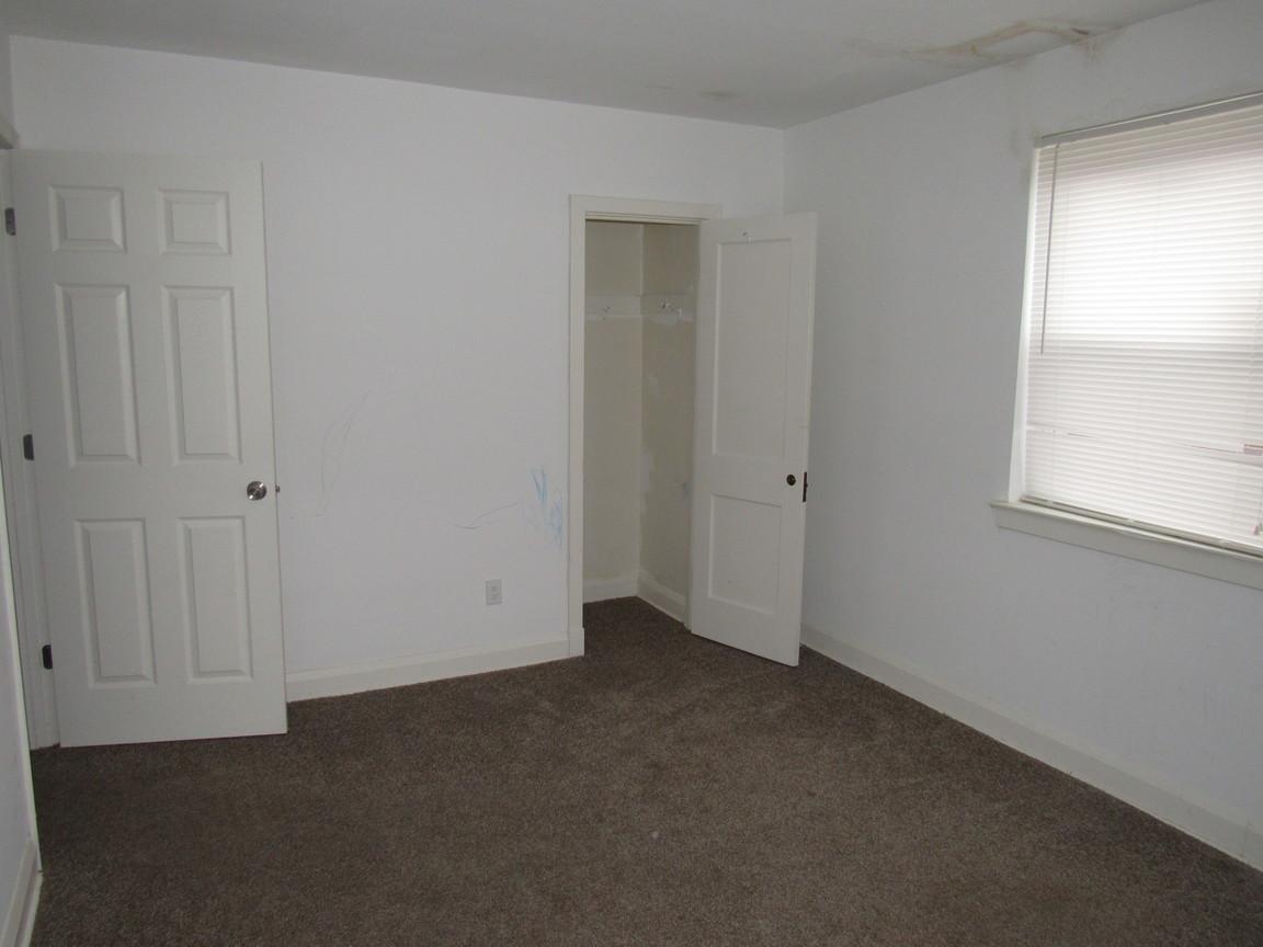 160 Bedroom 3JPG.jpg