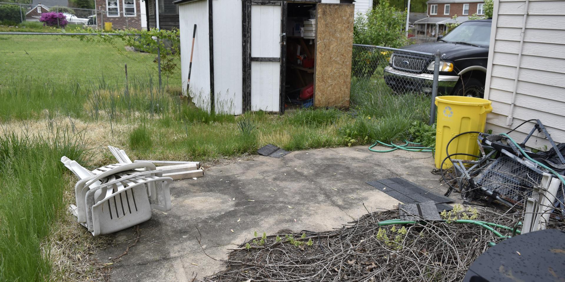 031 Exterior Rear Yard 6.JPG