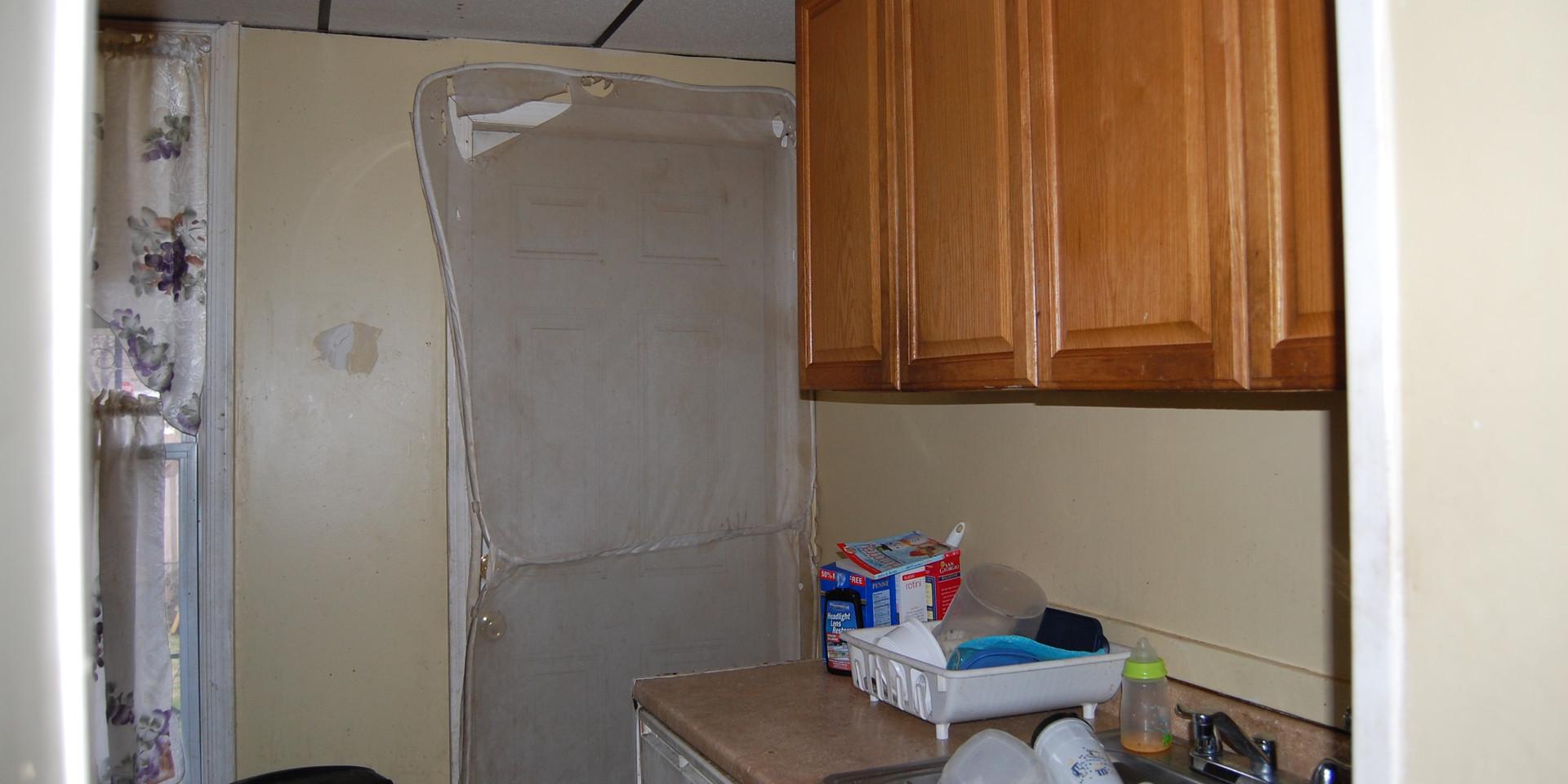 3.2 Kitchen.jpg