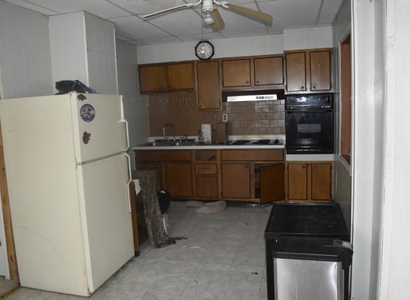 0010 KitchenJPG.jpg