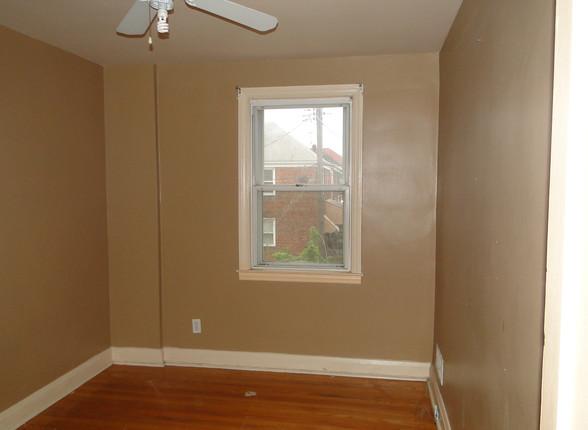 11 - First Bedroom.JPG