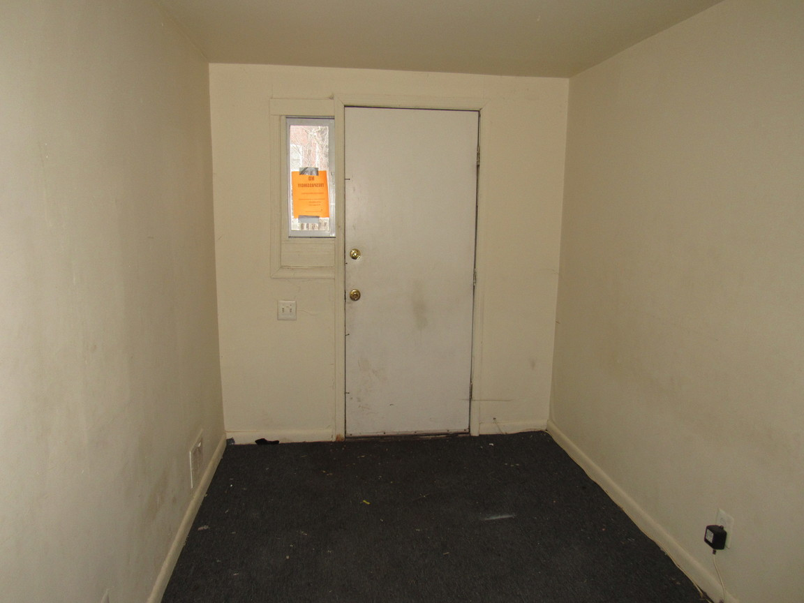 08 Apt 1 Bedroom 2JPG.jpg