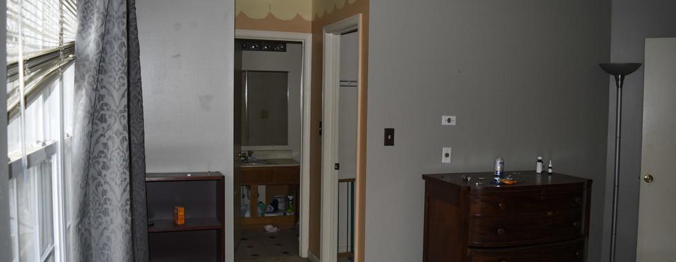 0014 Master Bedroom.jpg