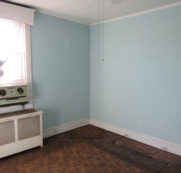 Ha Upstairs Bedroom1.JPG