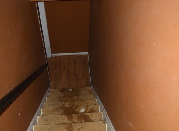 068 Basement Stairs.JPG