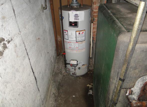 17 - Hot Water Heater.JPG