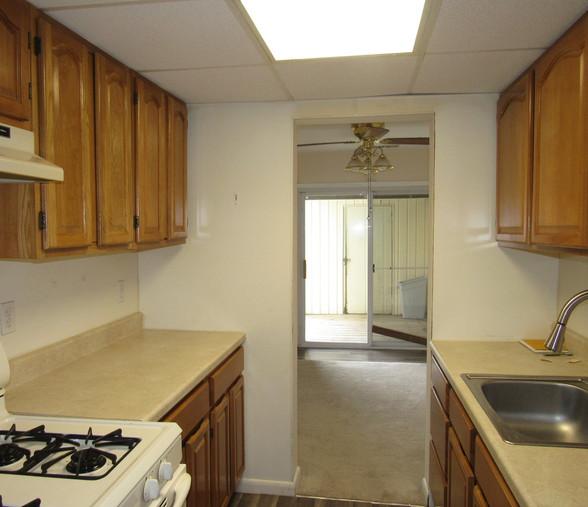 170 KitchenJPG.jpg