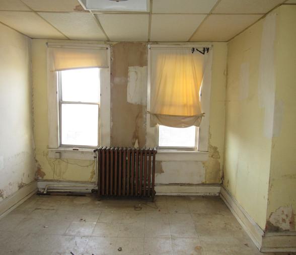 250 Third Bedroom.JPG