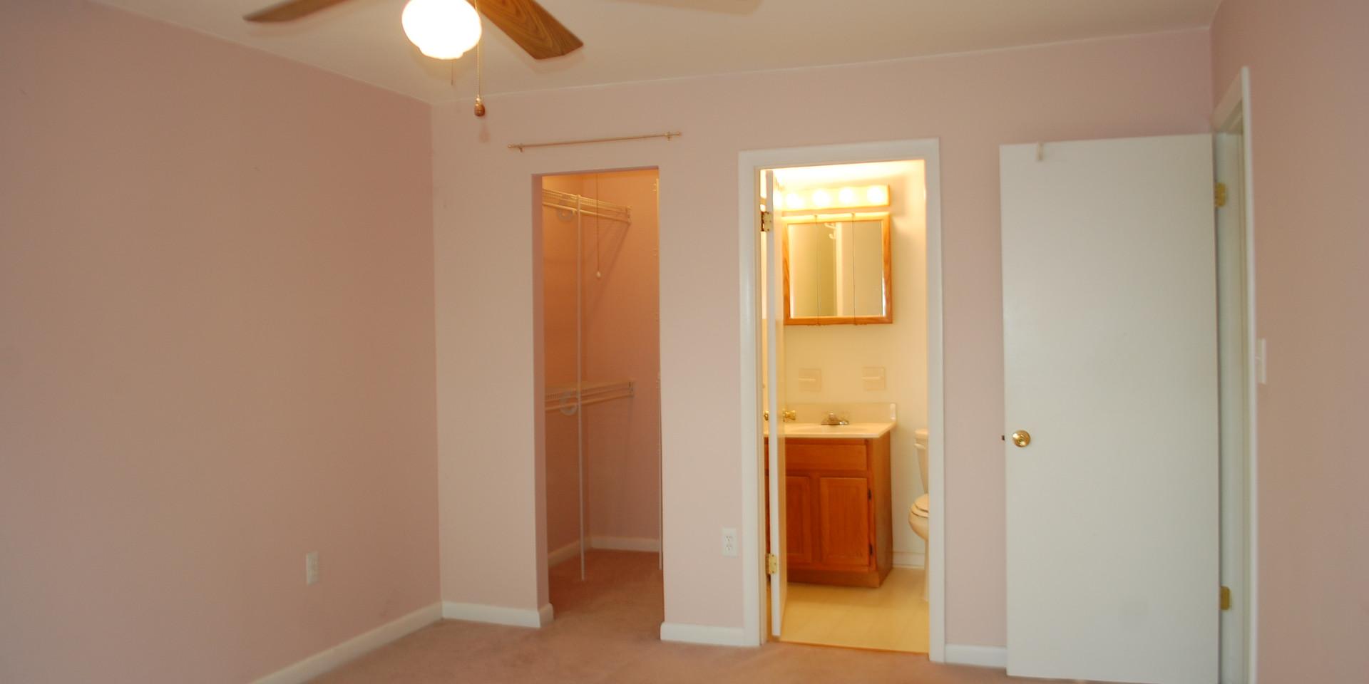 7.2 Master Bedroom.JPG