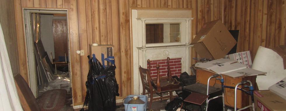180 - 1527 Living Room.jpg