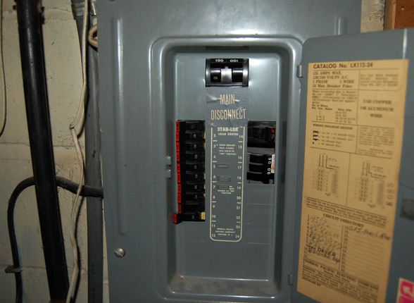 10.1 Electric Panel.JPG