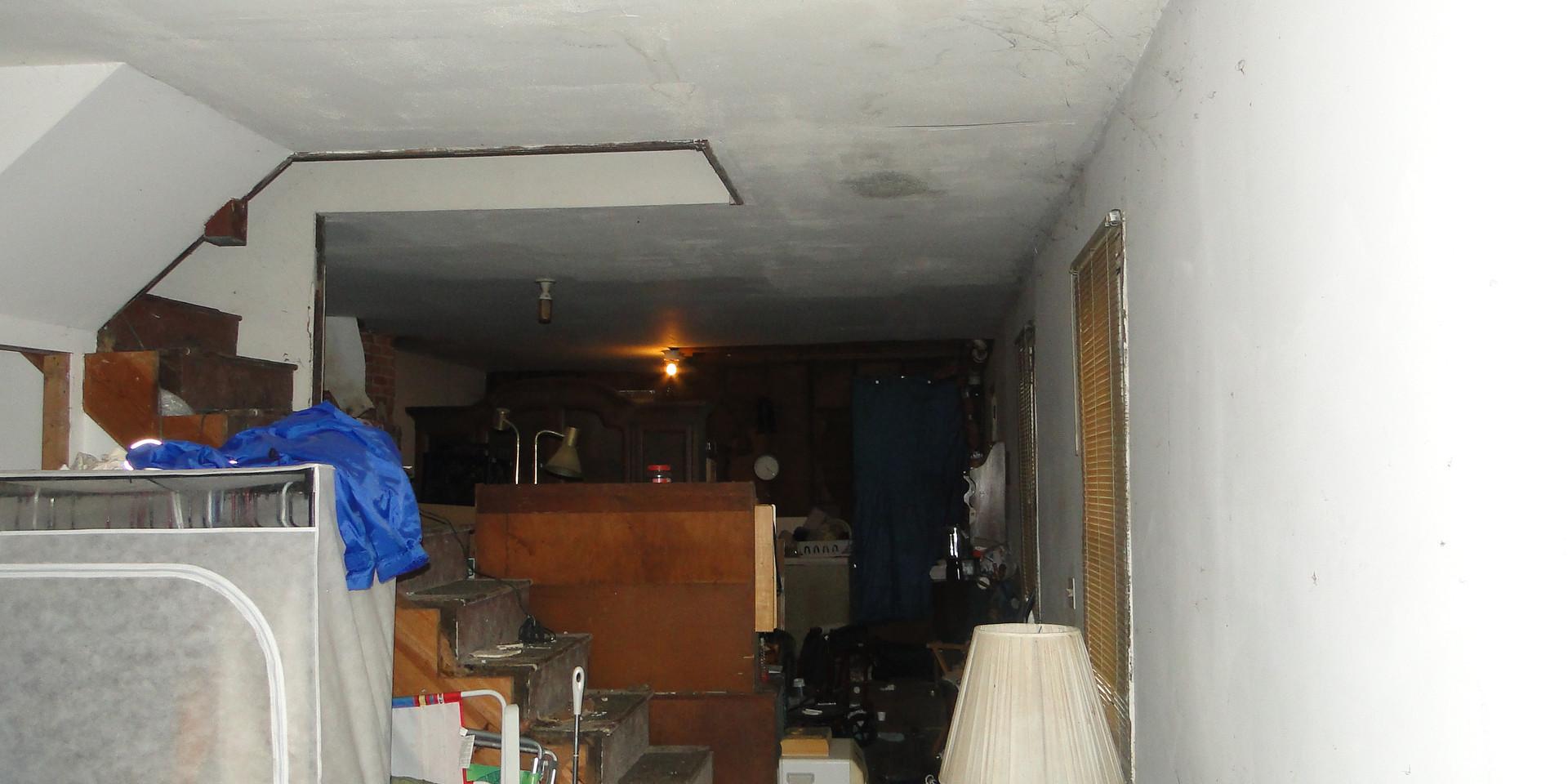 2.1 - Living Room 8.JPG