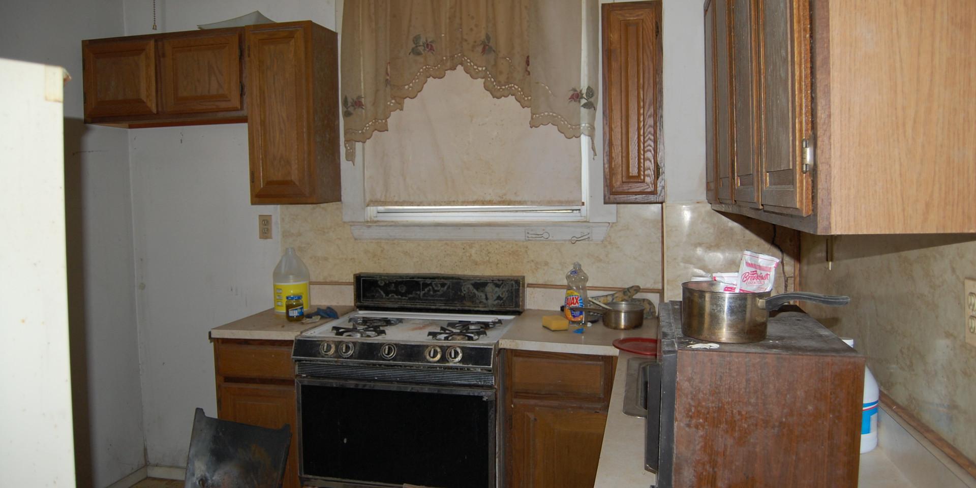 6.1 Kitchen.JPG