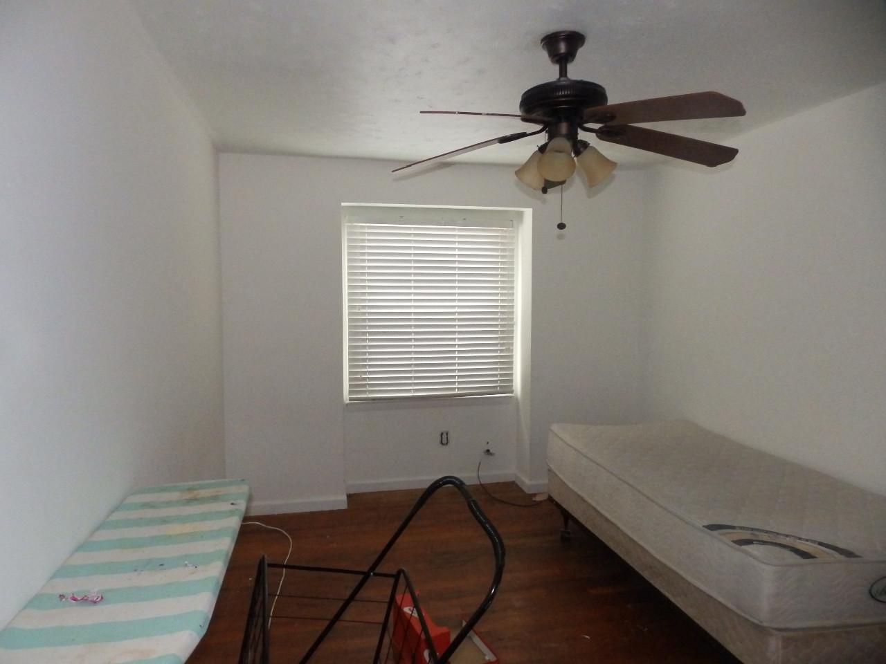 6.0 Second Guest Bedroom.JPG