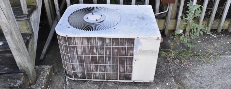 320 AC CondensorJPG.jpg