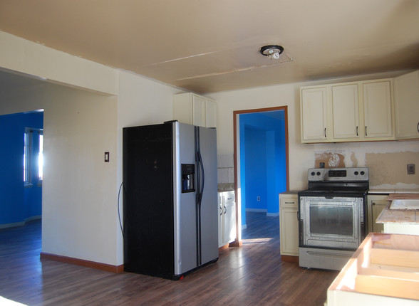 4.11 Kitchen.jpg