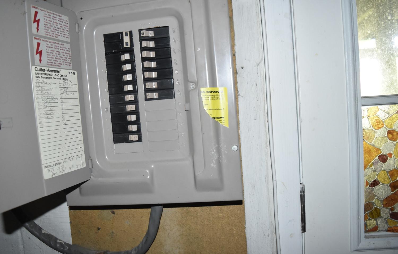 380 ELECTRIC PANELJPG.jpg