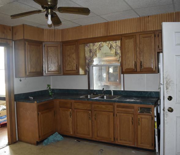 00010 KitchenJPG.jpg
