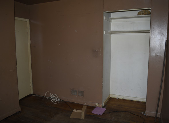 020 1st Bedroom.JPG