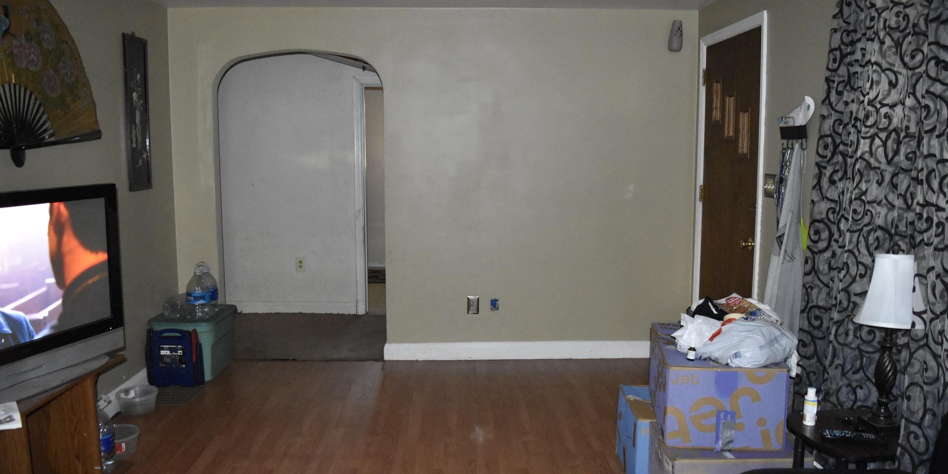 07 Living Room 5.JPG