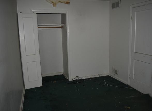 010 Master Bedroom.JPG