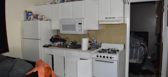 Unit 4 Kitchen.JPG