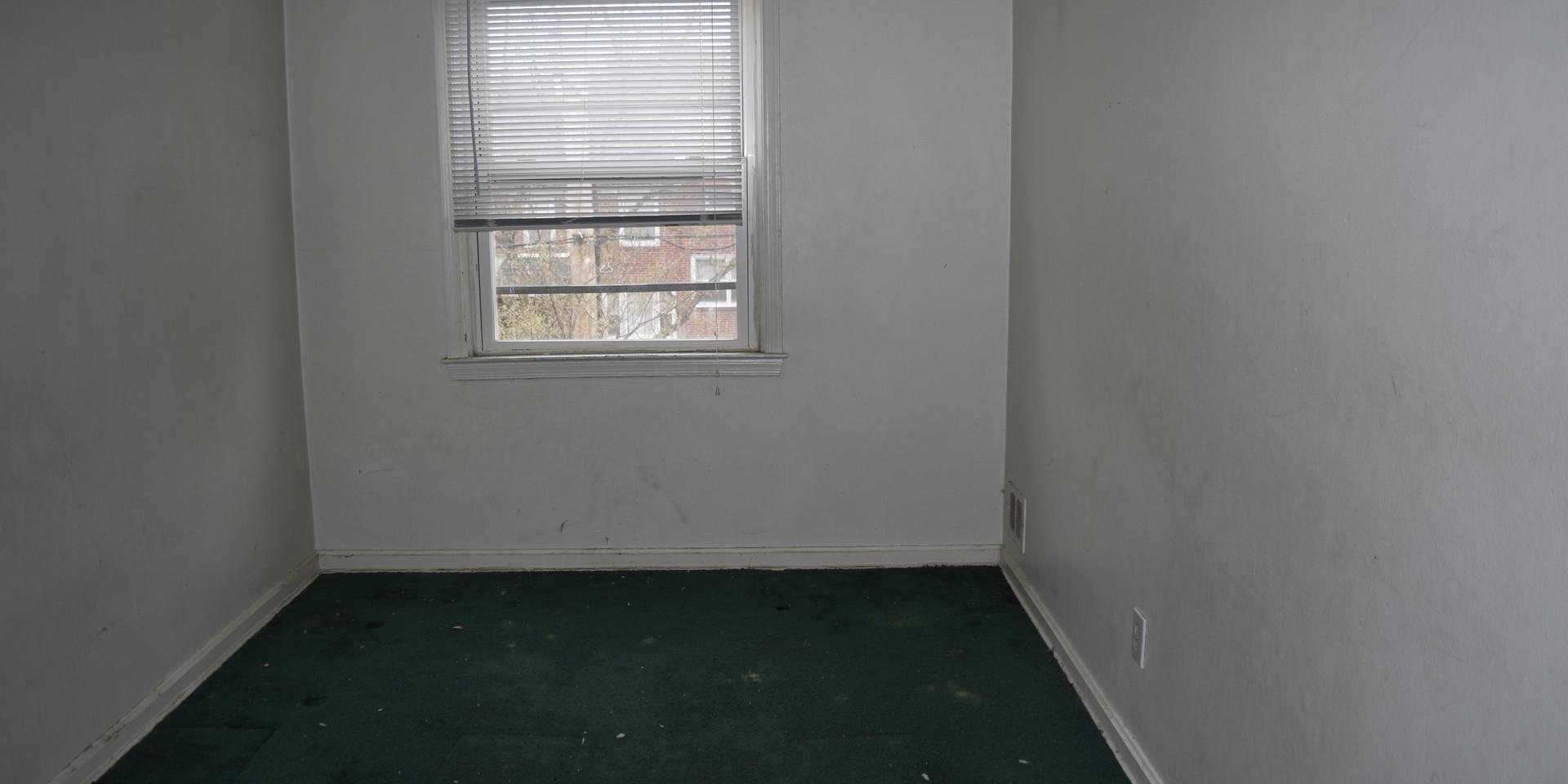 013 Guest Room.JPG