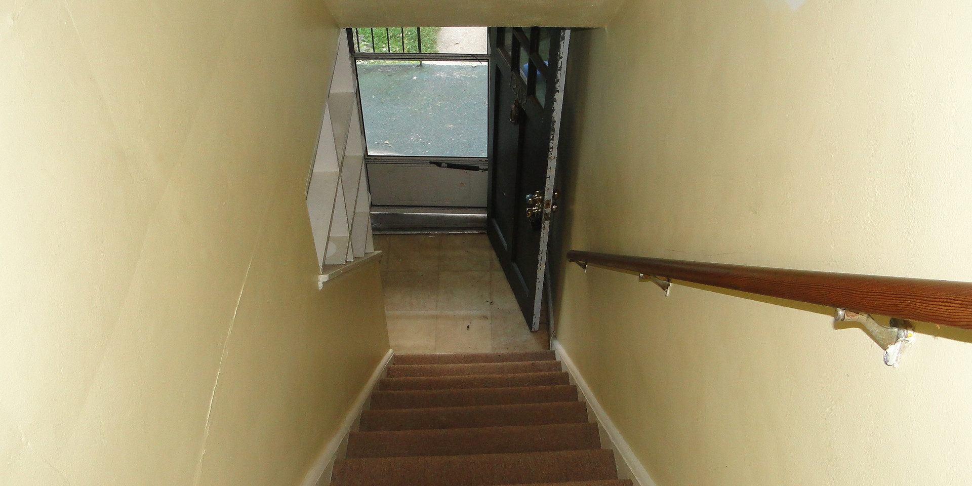 14.1 - Second Level Stairs.JPG