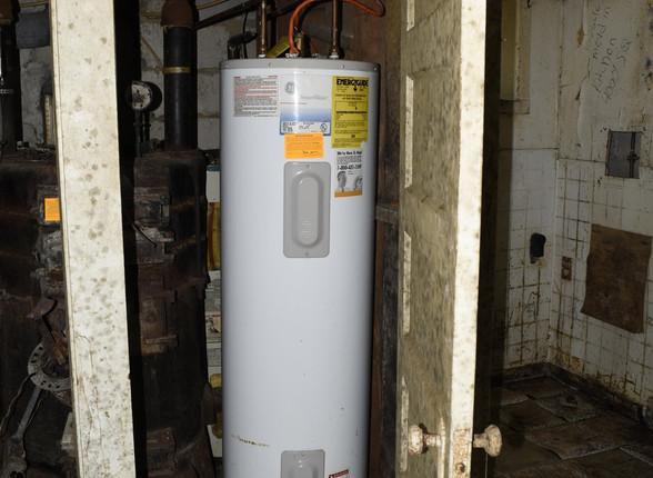 28.0 Basement Apartment Hot Water Heater