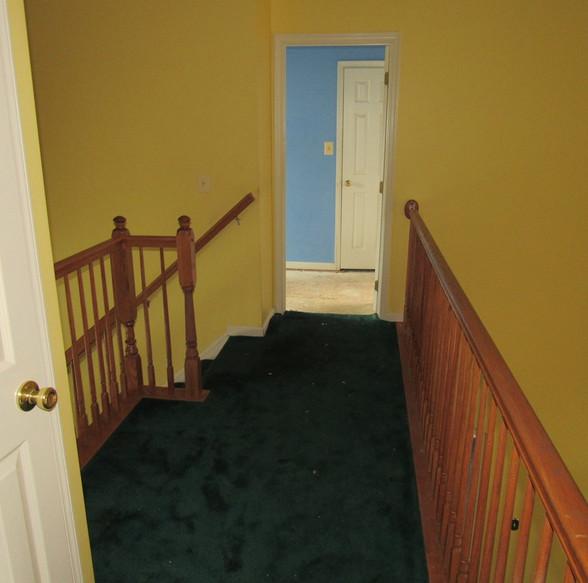 600 Second Level hallwayJPG.jpg