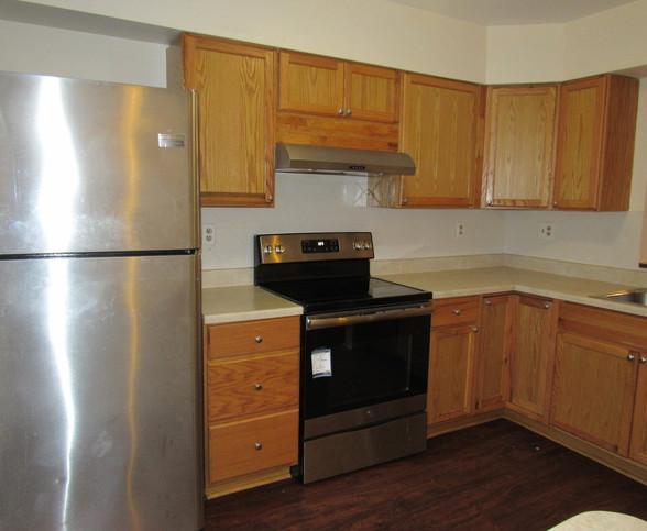 08 Kitchen AJPG.jpg