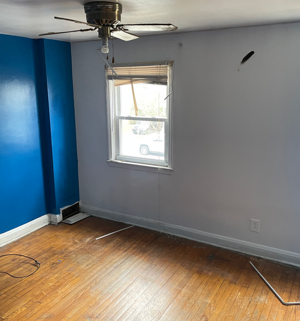 09 - Primary Bedroom.jpg