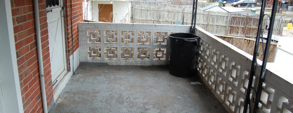 15.0 Exterior Rear Balcony.JPG