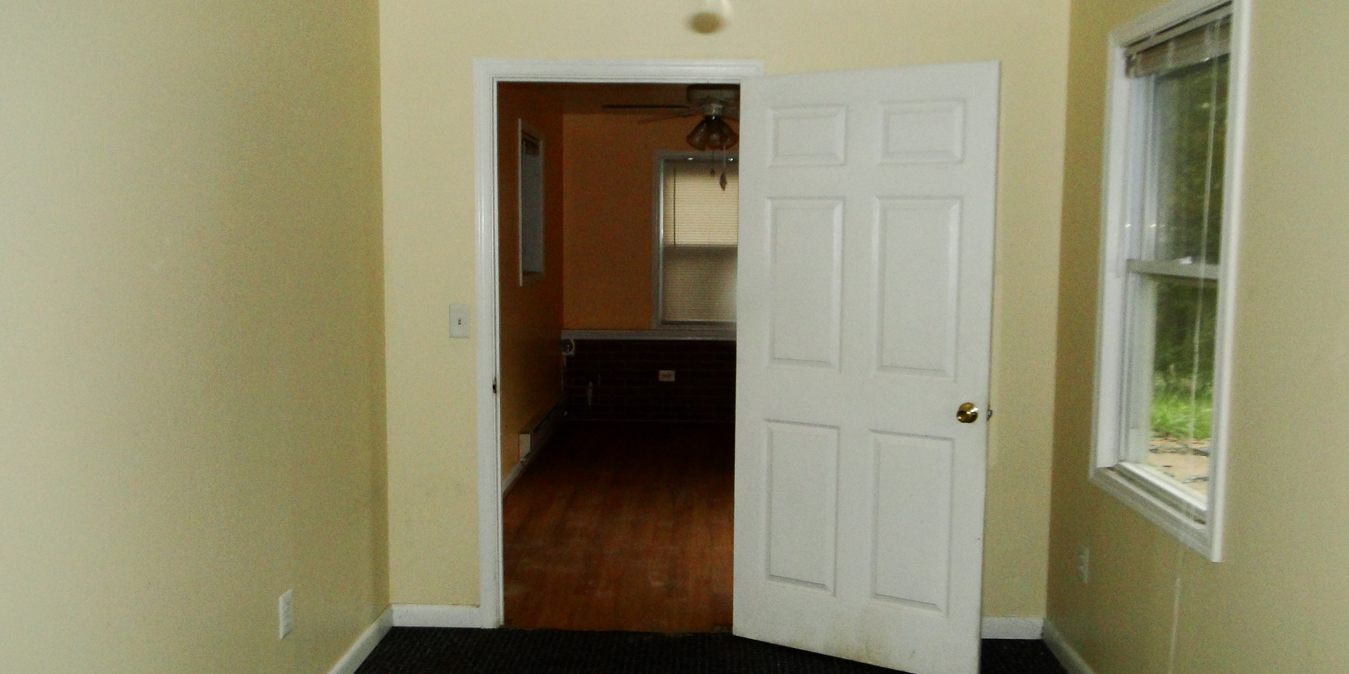 09 - First Bedroom 2.JPG