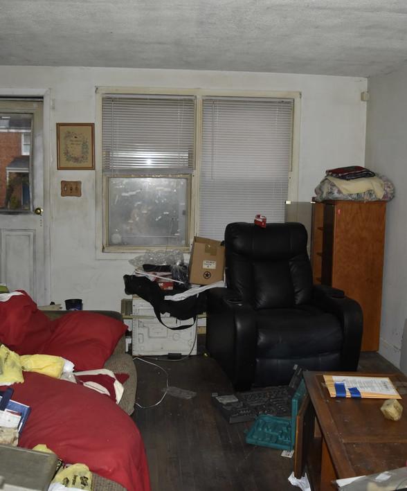 120 Living RoomJPG.jpg