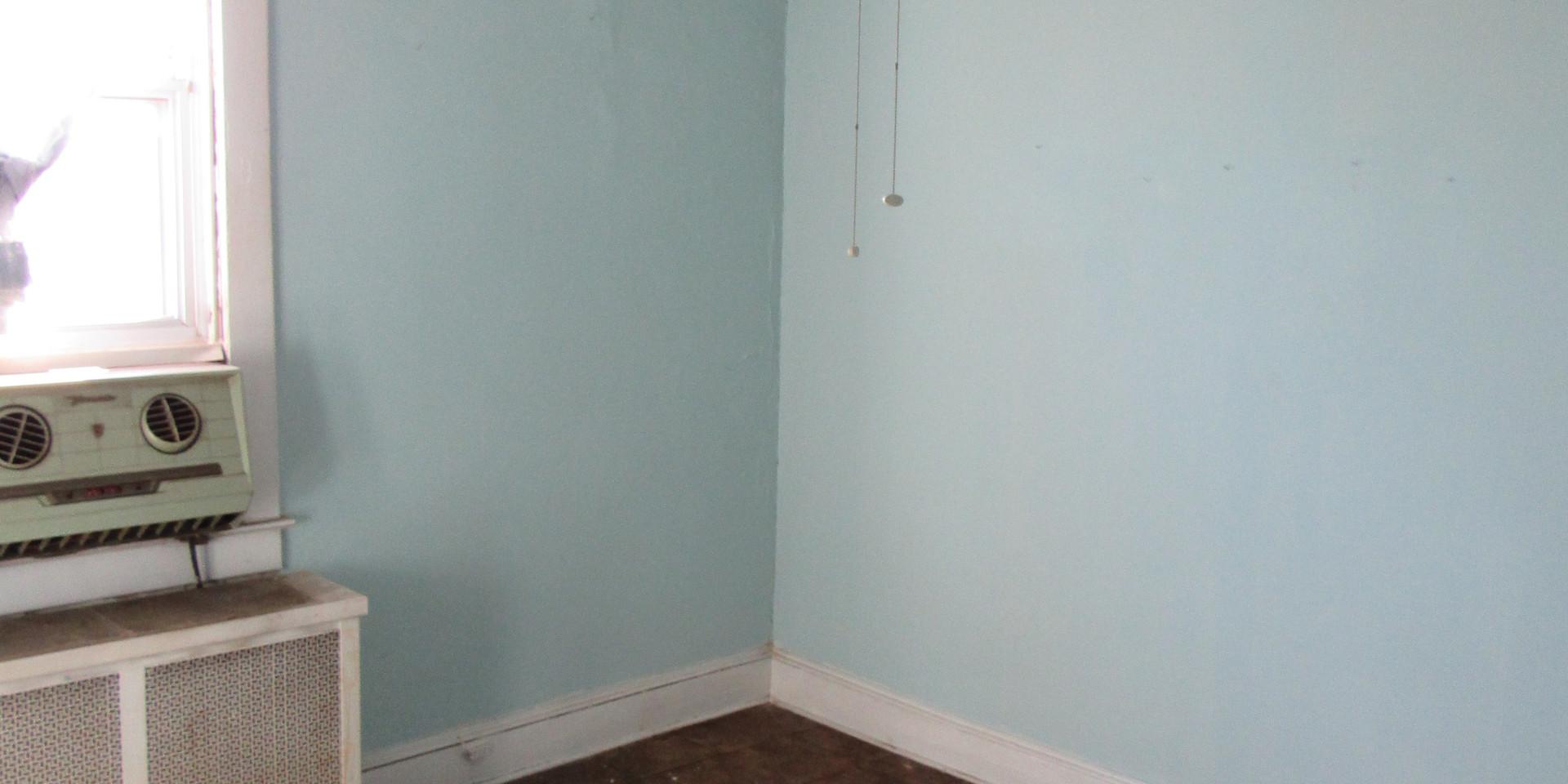 H Upstairs Bedroom1.JPG