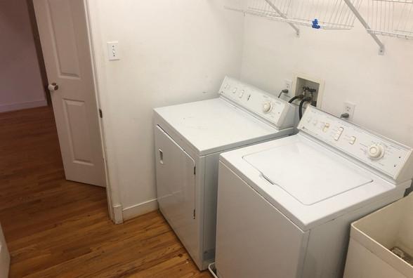 16 - LaundryJPG.JPG