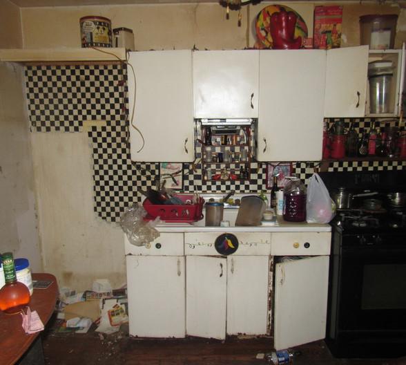 7 - Kitchen BJPG.jpg