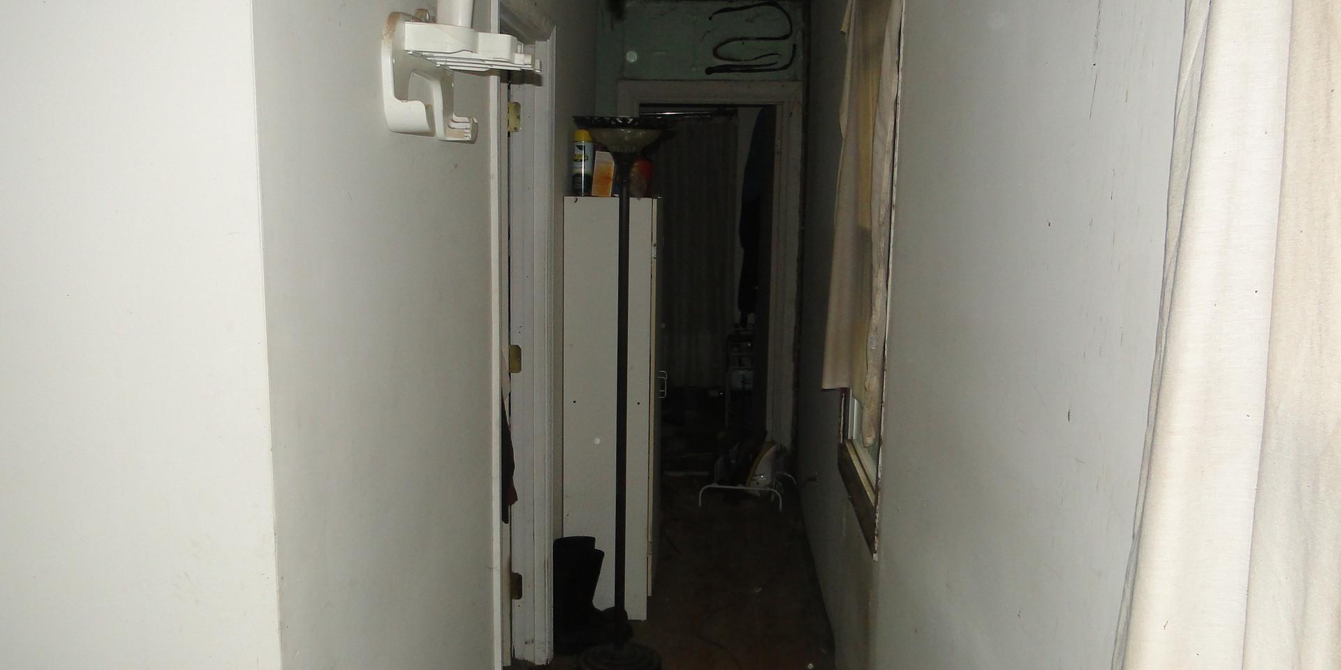 12 - Hallway 4.JPG