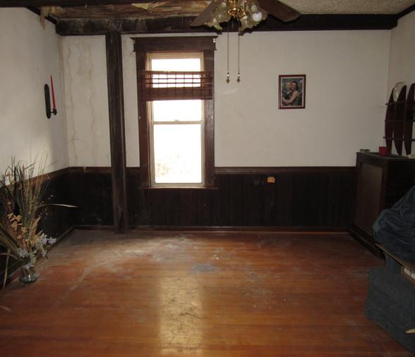 04 Living Room C.JPG