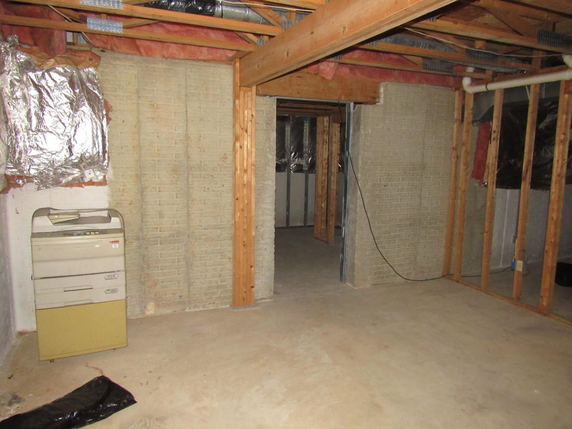 630 basementJPG.jpg