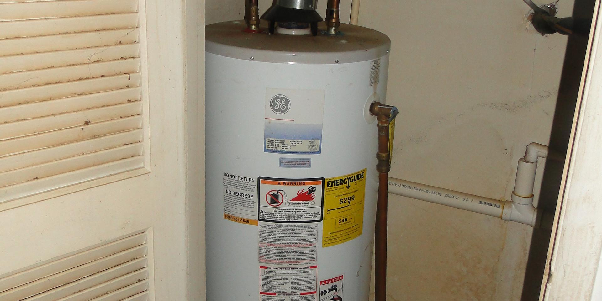 13 - Hot Water Heater 1.JPG