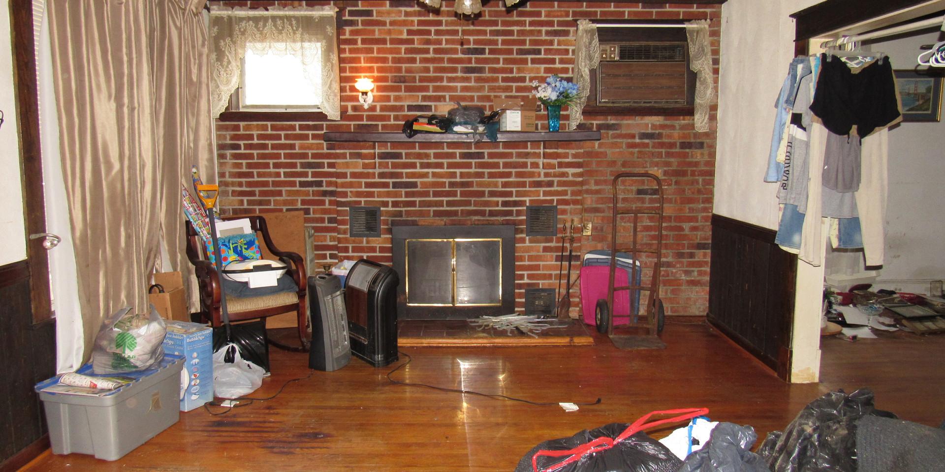 05 Living Room D.JPG