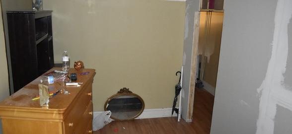 05 Front Room.jpg