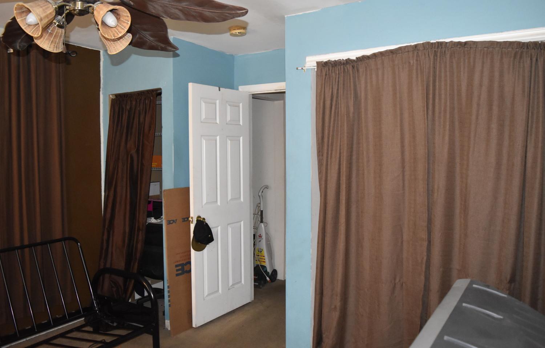 280 Master Bedroom Apt 2.jpg