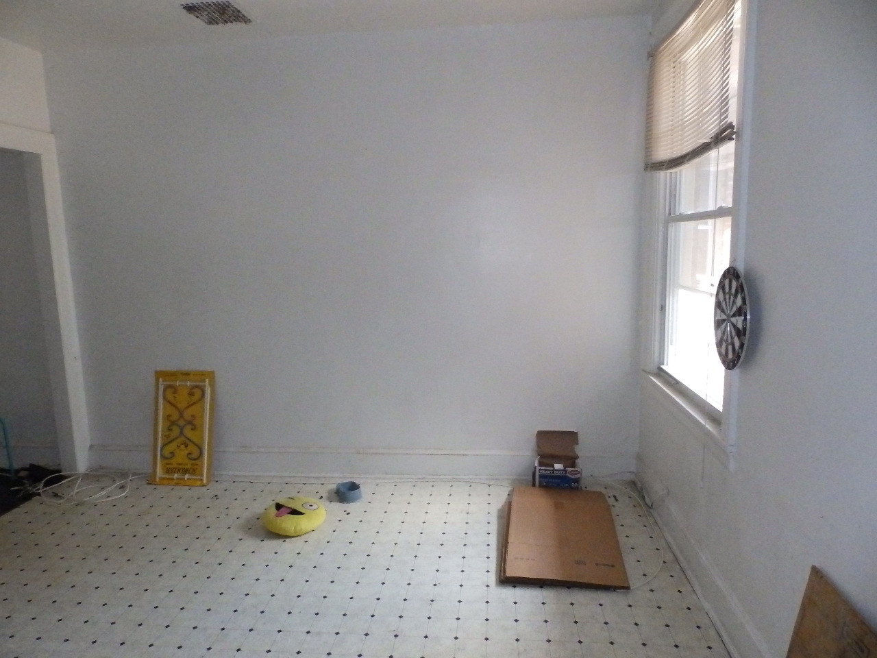 06 - Dining Room.JPG