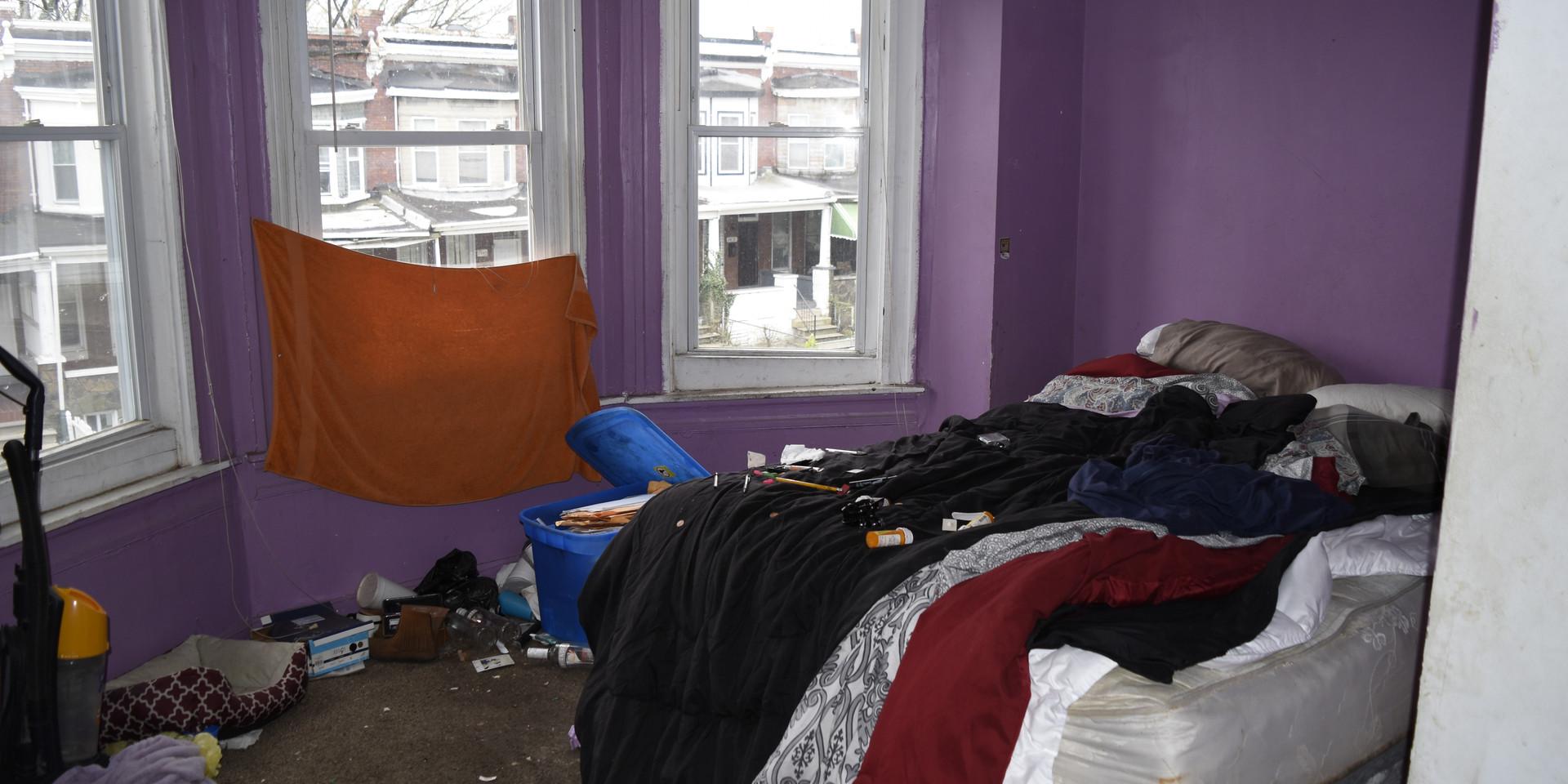 006 Master Bedroom 1.jpg