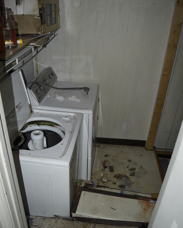 20 Washer_Dryer _ Basement.jpg