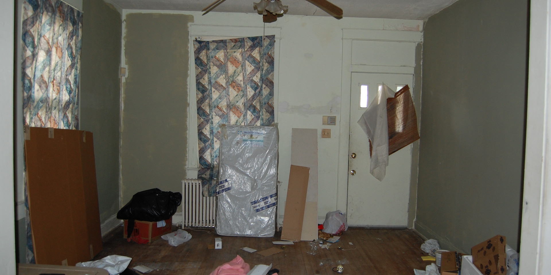 1.5 Living Room.JPG